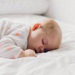 Karmienie niemowlęcia i małego dziecka w trakcie choroby