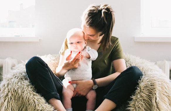 Ile posilków powinien otrzymywać niemowlak?