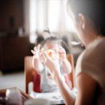 Zadławienie całkowite u starszego dziecka