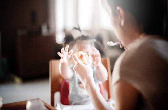 dziecko je - zadławienie starszaka
